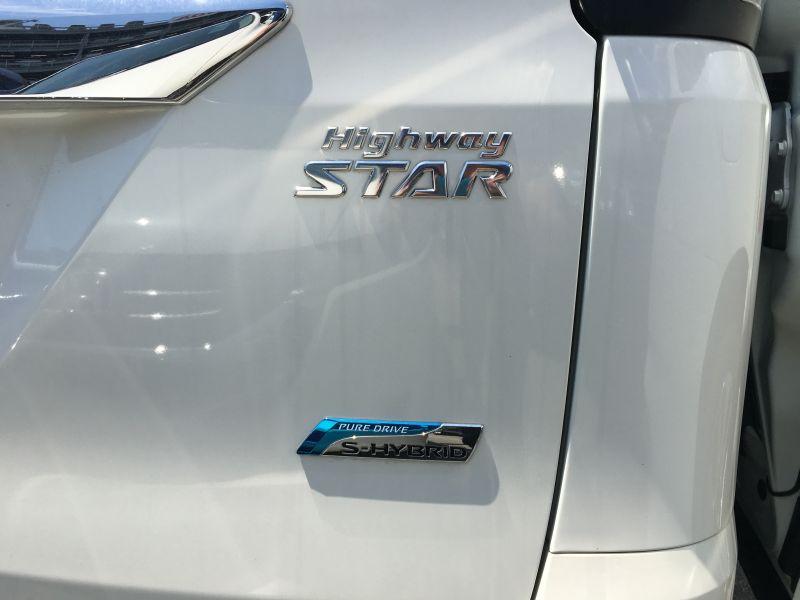 2016 Nissan Serena S-Hybrid Highway Star V Selection 29