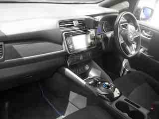2017 Nissan Leaf 40kW Gen 2 X auction interior