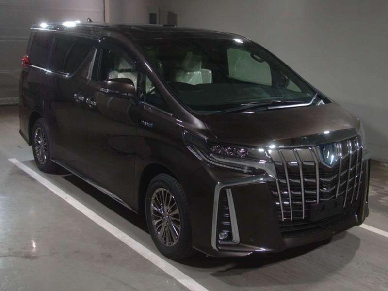 2019 Toyota Alphard hybrid Executive Lounge 02