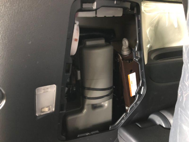 2019 Toyota Alphard hybrid Executive Lounge 12