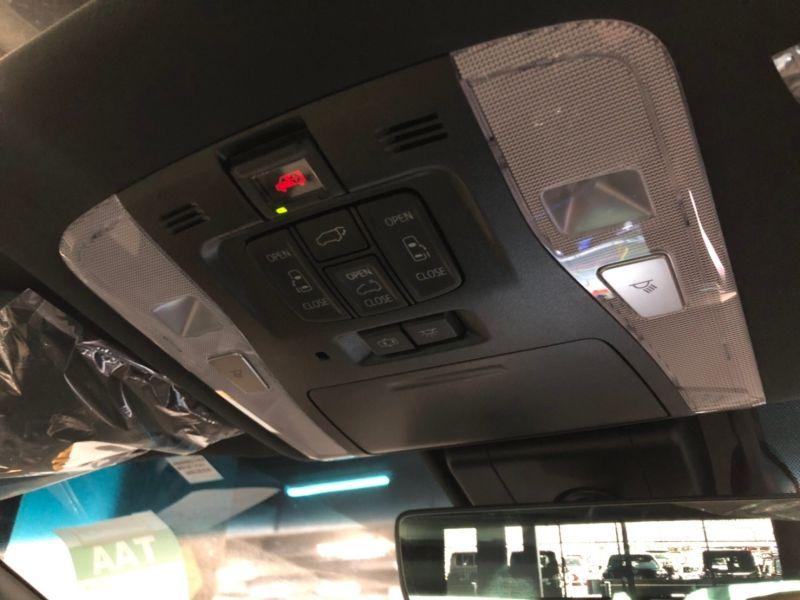 2019 Toyota Alphard hybrid Executive Lounge 29