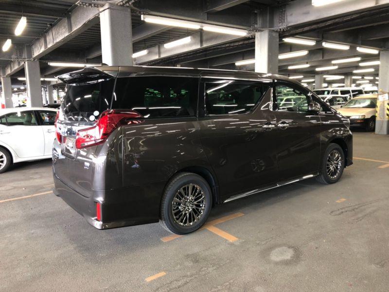 2019 Toyota Alphard hybrid Executive Lounge 41