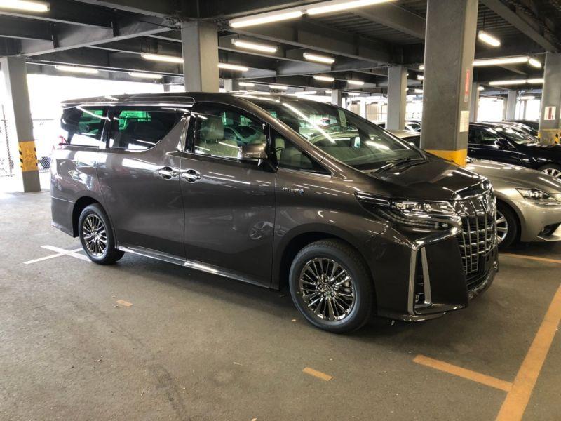 2019 Toyota Alphard hybrid Executive Lounge 43