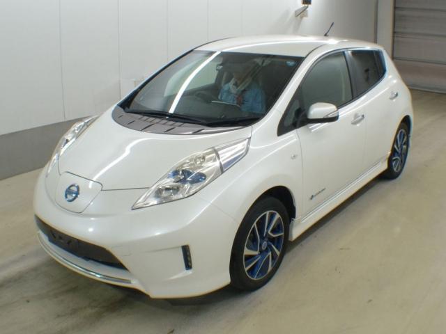 2014 Nissan Leaf G Aero Style c