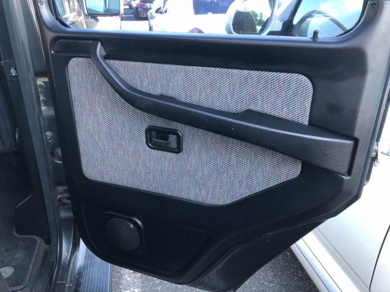 1991 Mercedes Benz G-Wagen 300GE 37