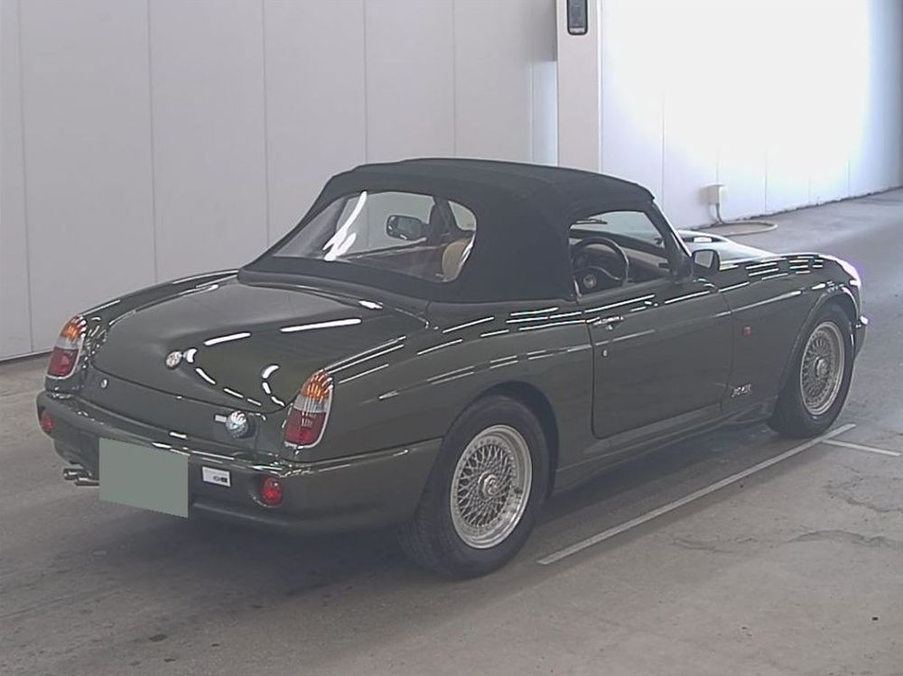 1994 MG RV8 13
