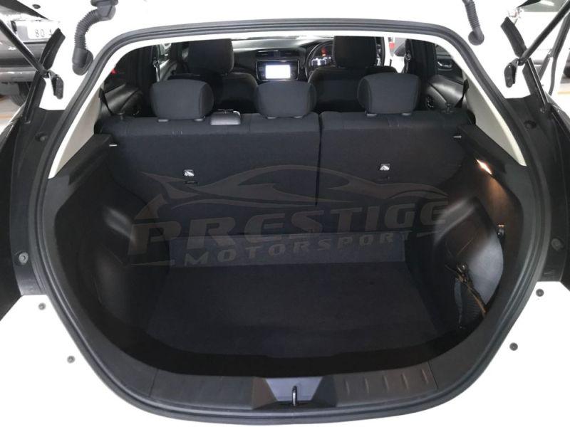 2019 Nissan Leaf e+X 62kWh import 19
