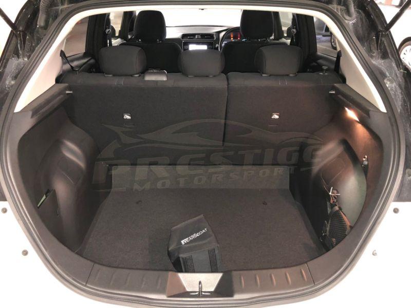 2018 Nissan Leaf 40kWh G 24