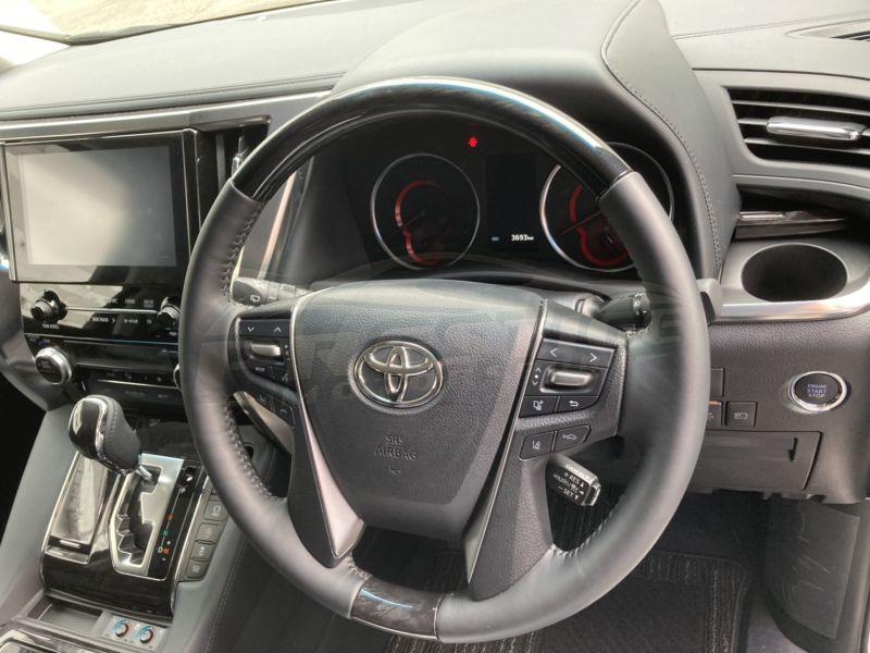 2019 Toyota Vellfire 3.5 ZG 12