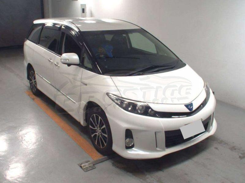 2013 Toyota Estima hybrid 02