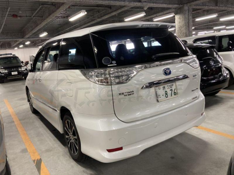 2013 Toyota Estima hybrid 27