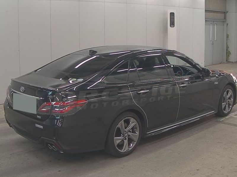 2018 Toyota Crown RS Advance hybrid 07