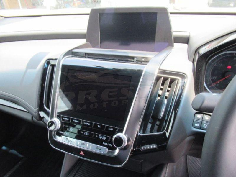 2018 Toyota Crown RS Advance hybrid 09