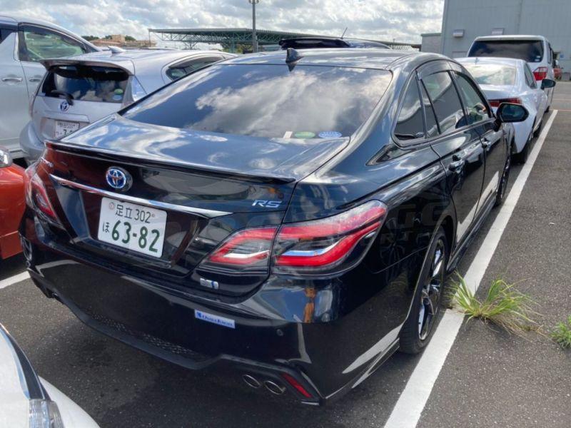 2018 Toyota Crown RS Advance hybrid 19